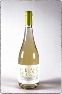 Blanc de l'œuf, white wine of mas des caprices, photo Serge Briez © Cap mediations